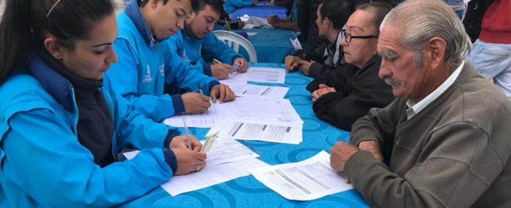 La Alcaldía de Bogotá oferta puestos de trabajo a vendedores informales de Engativá