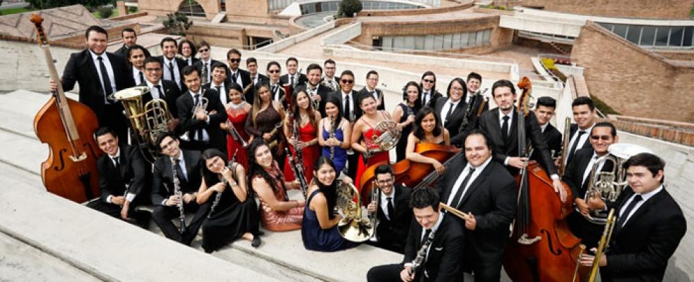 La Orquesta Filarmónica llega a la Plaza Doce de Octubre para mezclar arte y gastronomía