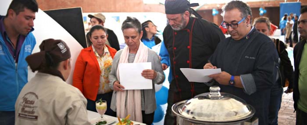 Alcaldía Mayor de Bogotá realizó concurso gastronómico para cocineros de las Plazas Distritales de Mercado